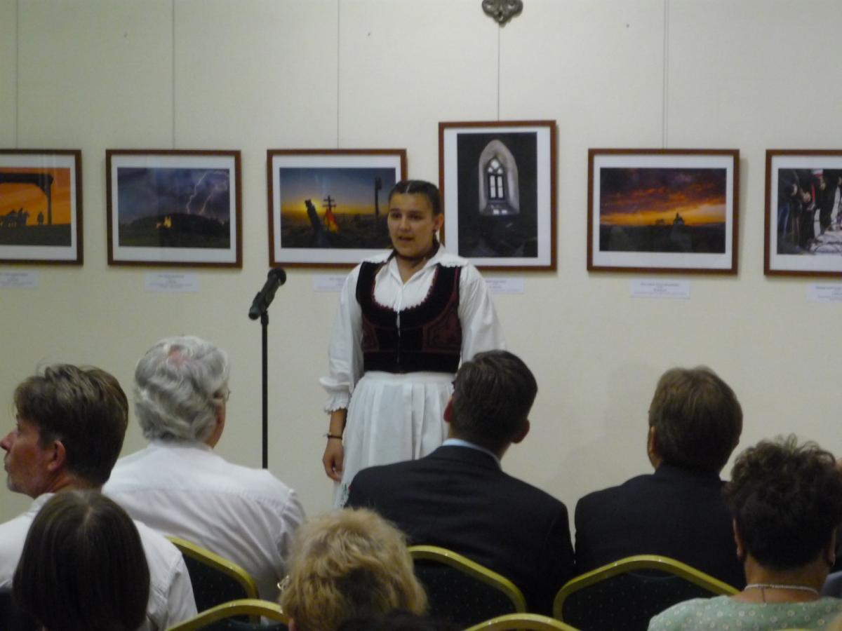 Kovács Krisztina előadóművész